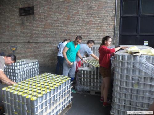 Önkéntes munka a Magyar Élelmiszerbanknál 2012.06.28.